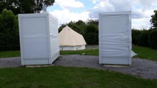 Sanitair Unit Bij Tent